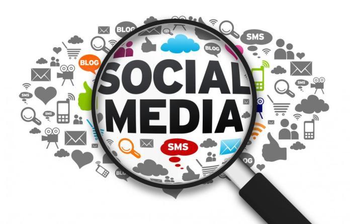 H Ευρώπη ανησυχεί για τη σχέση Δημοκρατίας και Social Media