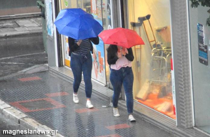 Έρχονται βροχές και καταιγίδες – «Εκτοξεύεται» ο υδράργυρος