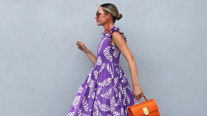 10 Maxi φορέματα μέχρι €50 που θα σε κρατήσουν δροσερή και Super Stylish στην πόλη και το νησί