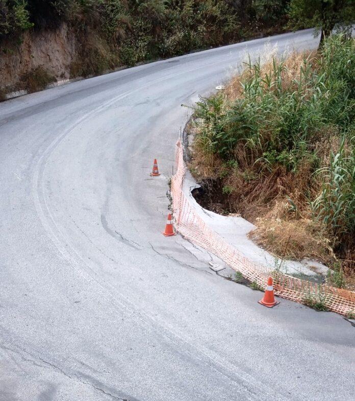 Άνω Βόλος: Έκλεισε ο αγωγός συλλογής των ομβρίων σε δεξαμενή και χάλασε ο δρόμος!