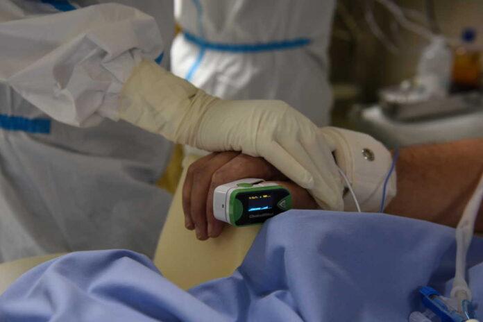 Ανεμβολίαστοι το 88 90% των νοσηλευομένων – Τι συμβαίνει με όσους έλαβαν μόνο μια δόση
