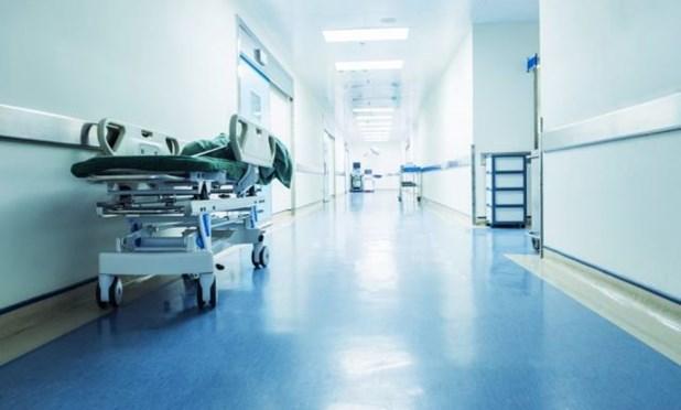 Στο χειρουργείο ο νεαρός που παρασύρθηκε από μπουλντόζα σε κορωνοπάρτι