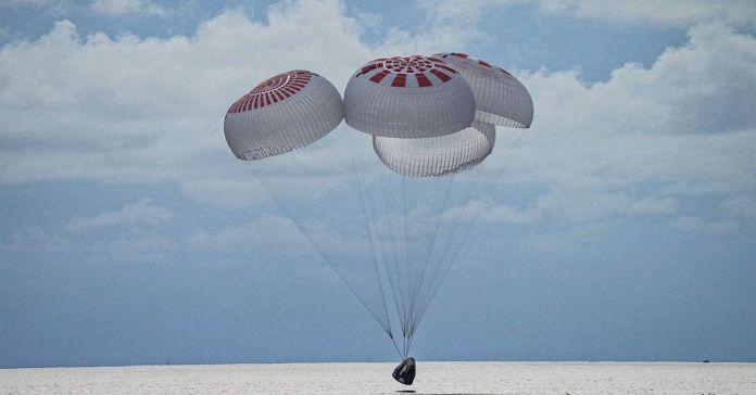 Space X Tourist Landing