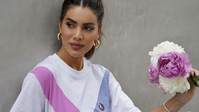 Τα Loungewear κομμάτια που επιλέγει η Camila Coelho