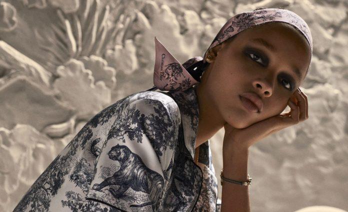 Dior Chez Moi: Η Loungewear συλλογή του γαλλικού οίκου ανανεώνεται και είναι αυτό ακριβώς που χρειαζόμαστε αυτό το φθινόπωρο