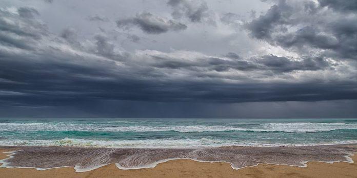 Μαγνησία: Συννεφιές, καταιγίδες και πτώση της θερμοκρασίας και τις επόμενες ημέρες