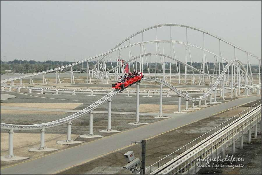 Roller coaster wFerrari World