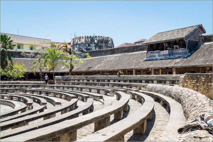 Amfiteatr wforcie