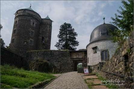 Zamek Stolpen ihrabina Cosel. Dobrze zachowana część zamku