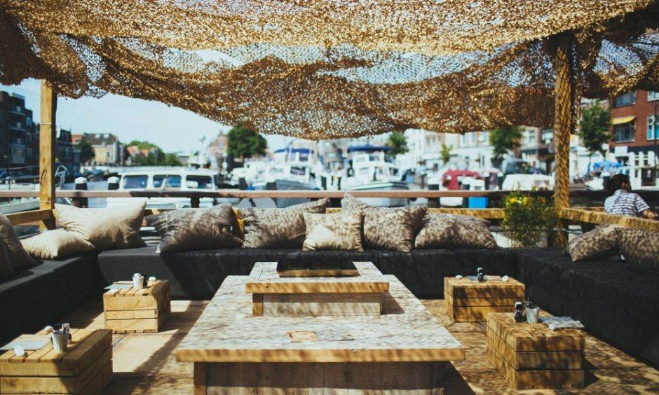 lot en de walvis - Leiden - haven leiden - terras - studieplek - koffie