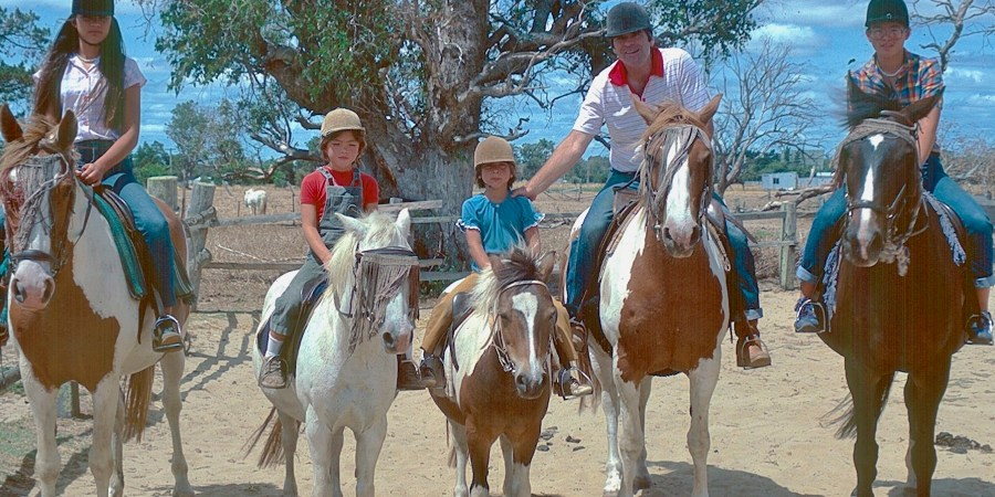 Smith family on horseback