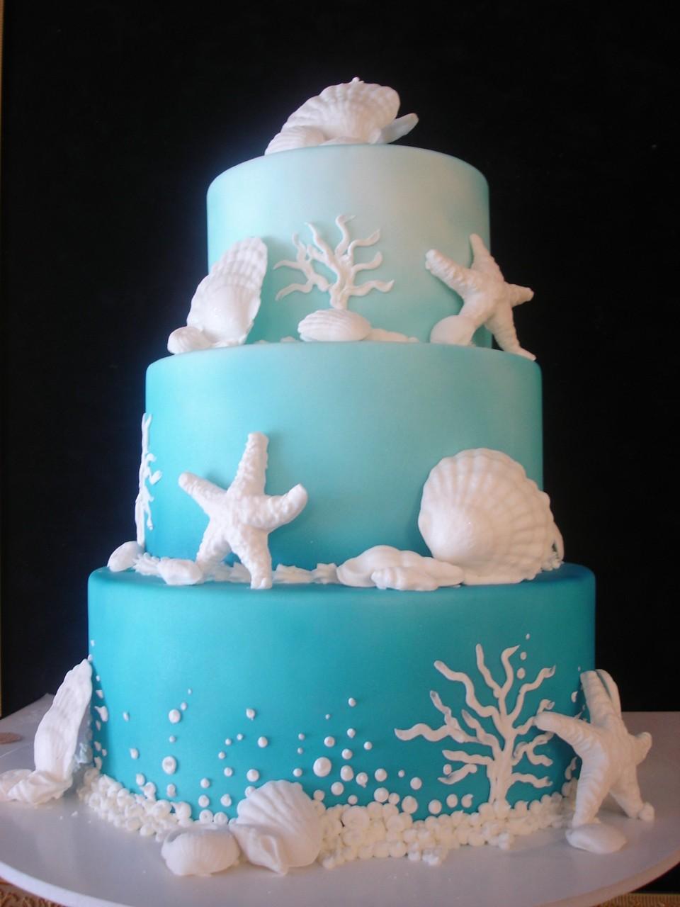 Gâteau de mariage sur le thème de la mer