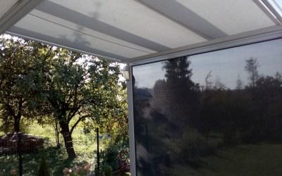 Markiza pod szkło i screen – szklany dach sprytnie osłonięty
