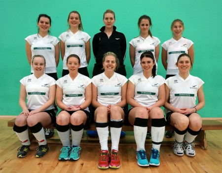 magpies-ladies-indoor-team