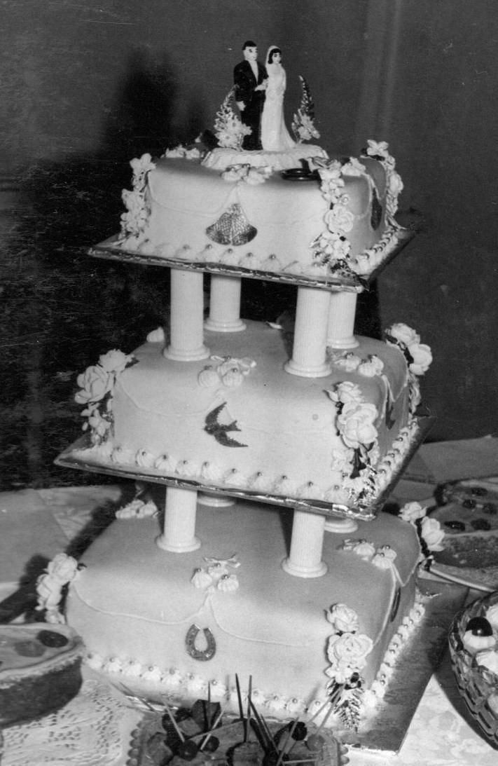 Wedding Memories Cake Pillars