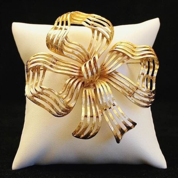 'Bow' Brooch, Monet  Available at Gemma Redmond Vintage