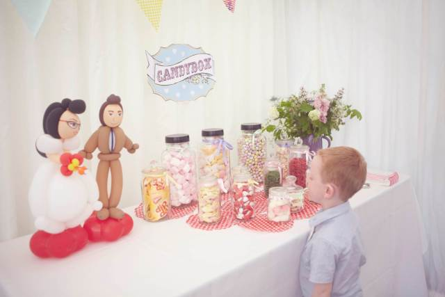 Dan and Maddi's Vintage Americana Country Wedding by Natalie J Weddings and featured on The National Vintage Wedding Fair sweets