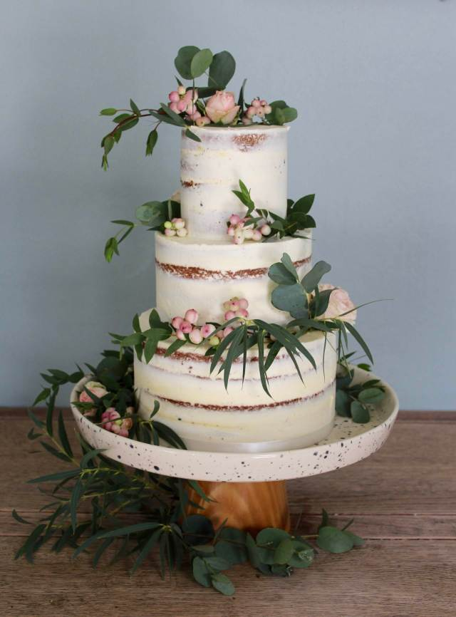 Wedding Cake Trends The Semi Naked Cake