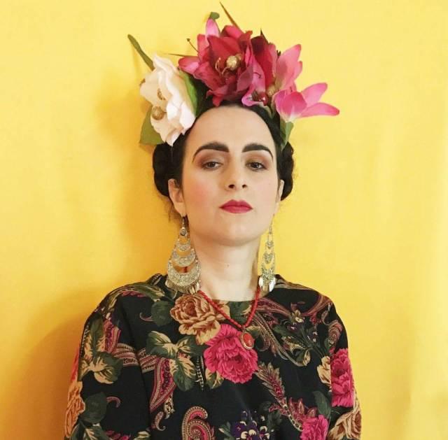 How to create a Frida Kahlo Inspired Headdress