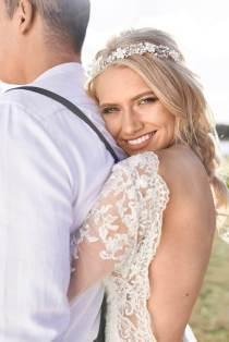 Boho Luxe purple & metallic wedding styling in a lavender field