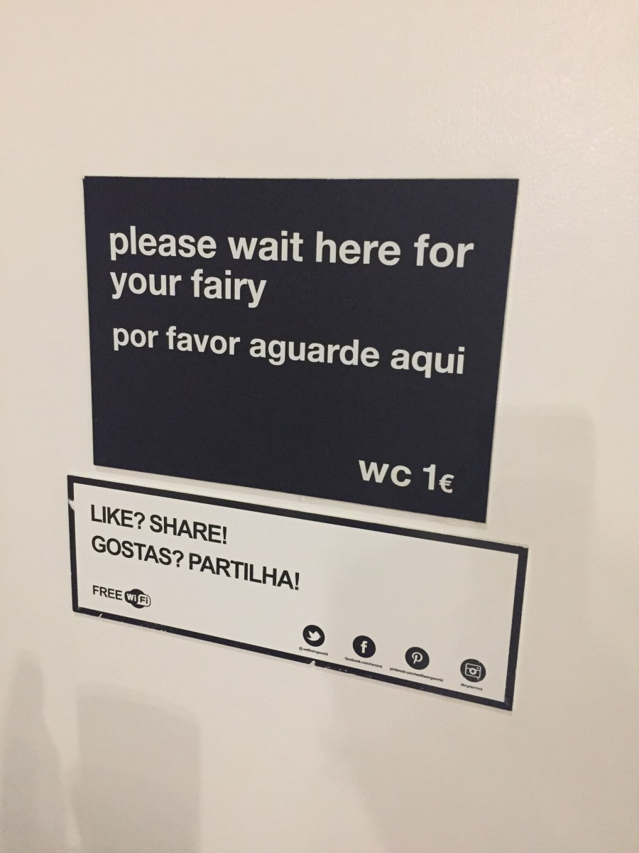 The sexiest WC on Earth in Lisbon