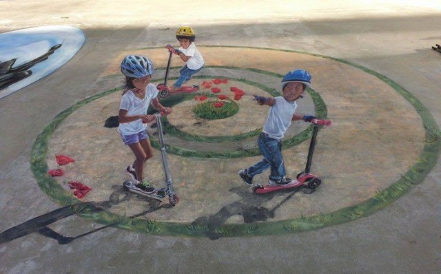 2-What-I-did-after-I-was-laid-off-at-age-45-I-became-a-3D-street-painter2__880