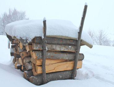 wood, woodpile, logs, stove, fire, winter, snow, freezing cold, warmth, heat, wood-burning stove, Transylvania