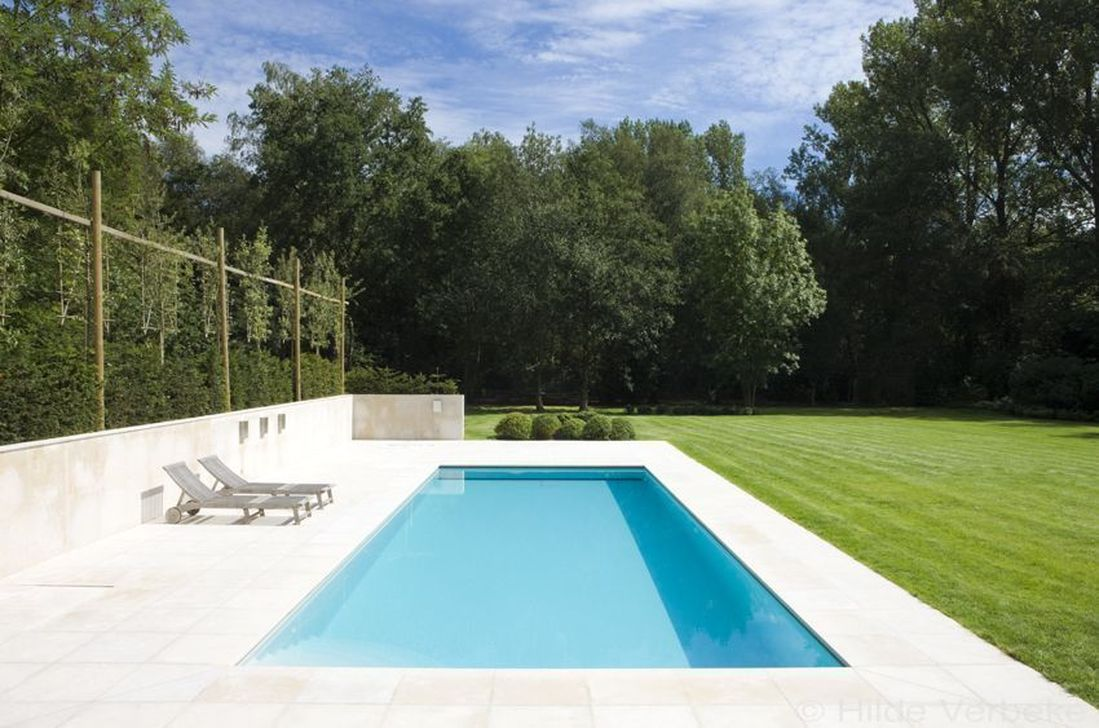 Awesome Elegant Swimming Pools Design Ideas 12