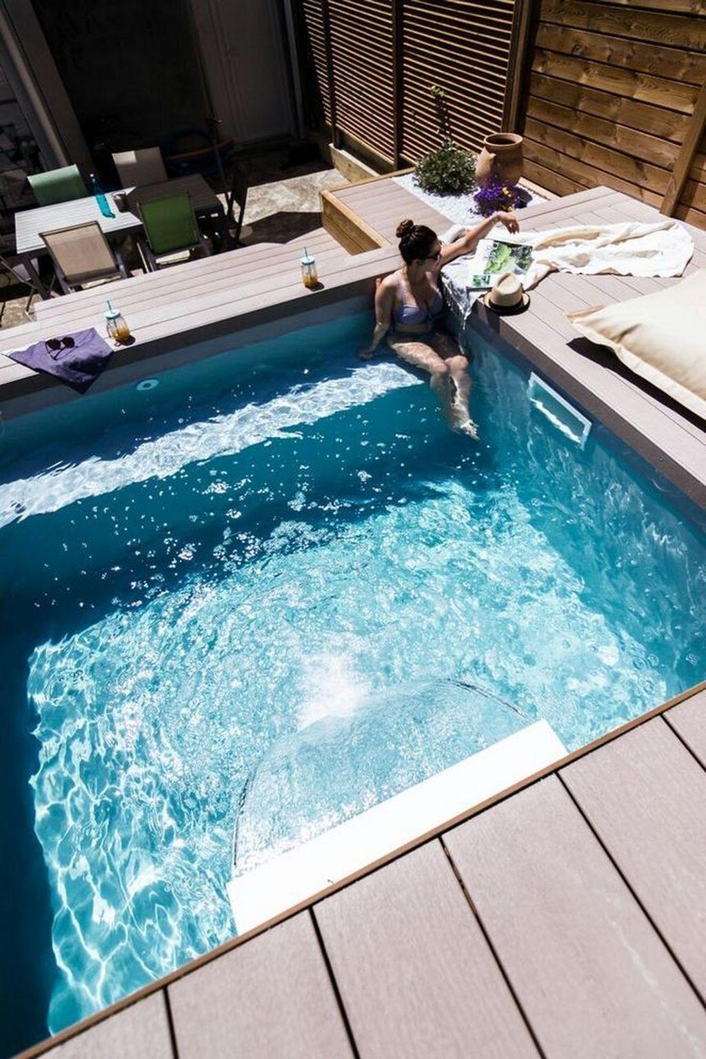 Gorgeous Summer Outdoor Pool Design Ideas 07