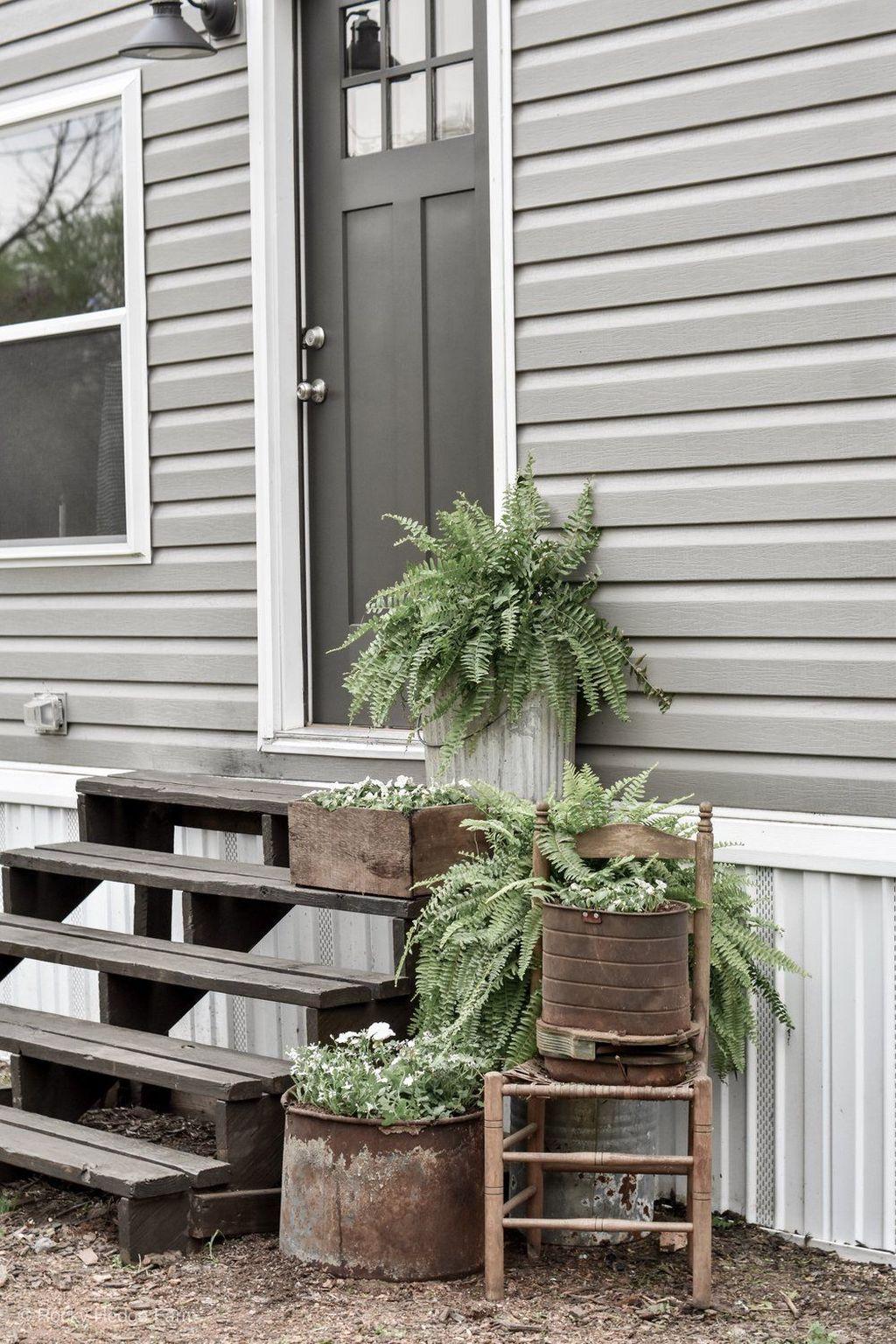 Inspiring Spring Planters Design Ideas For Front Door 19