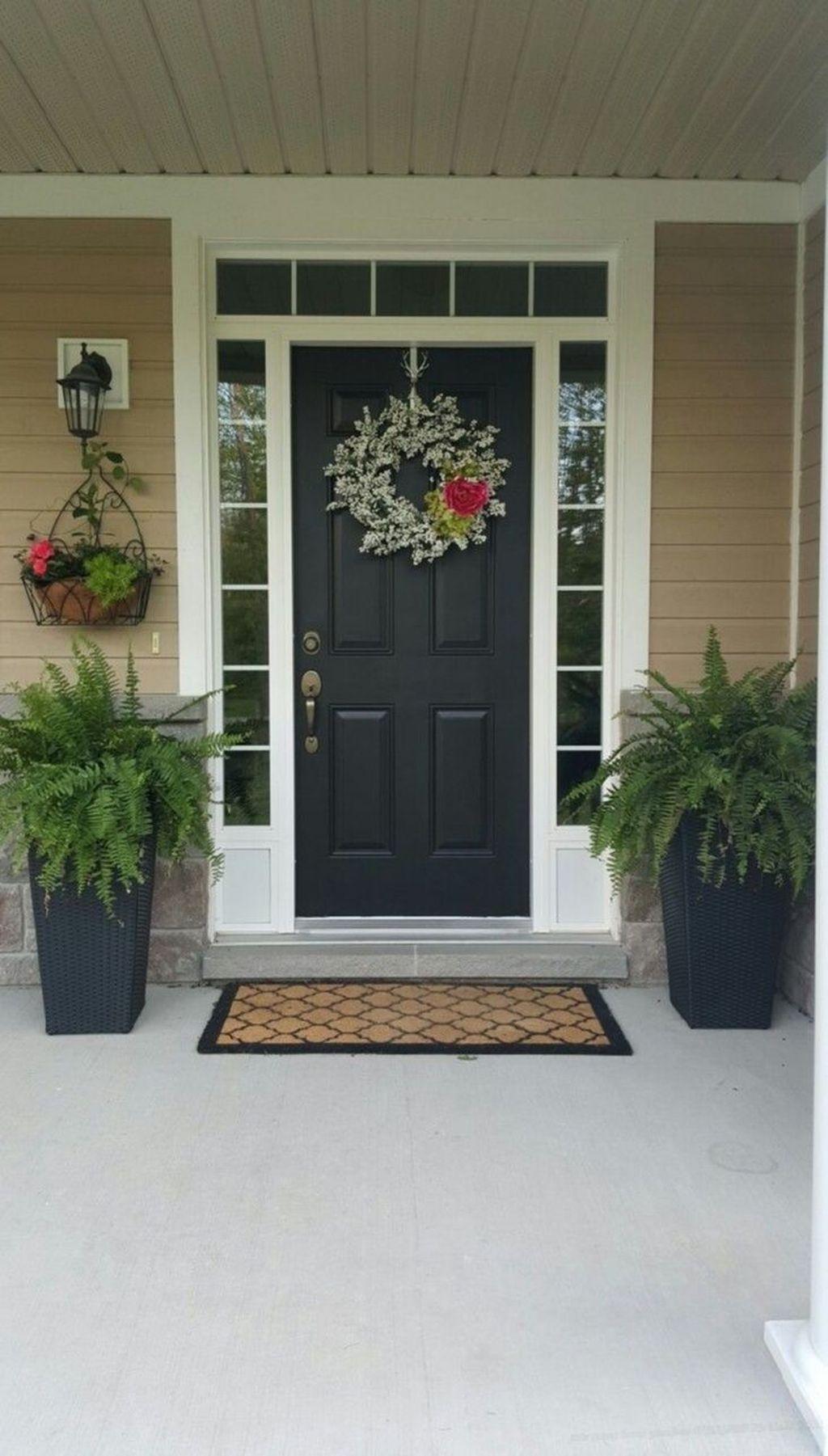Inspiring Spring Planters Design Ideas For Front Door 22