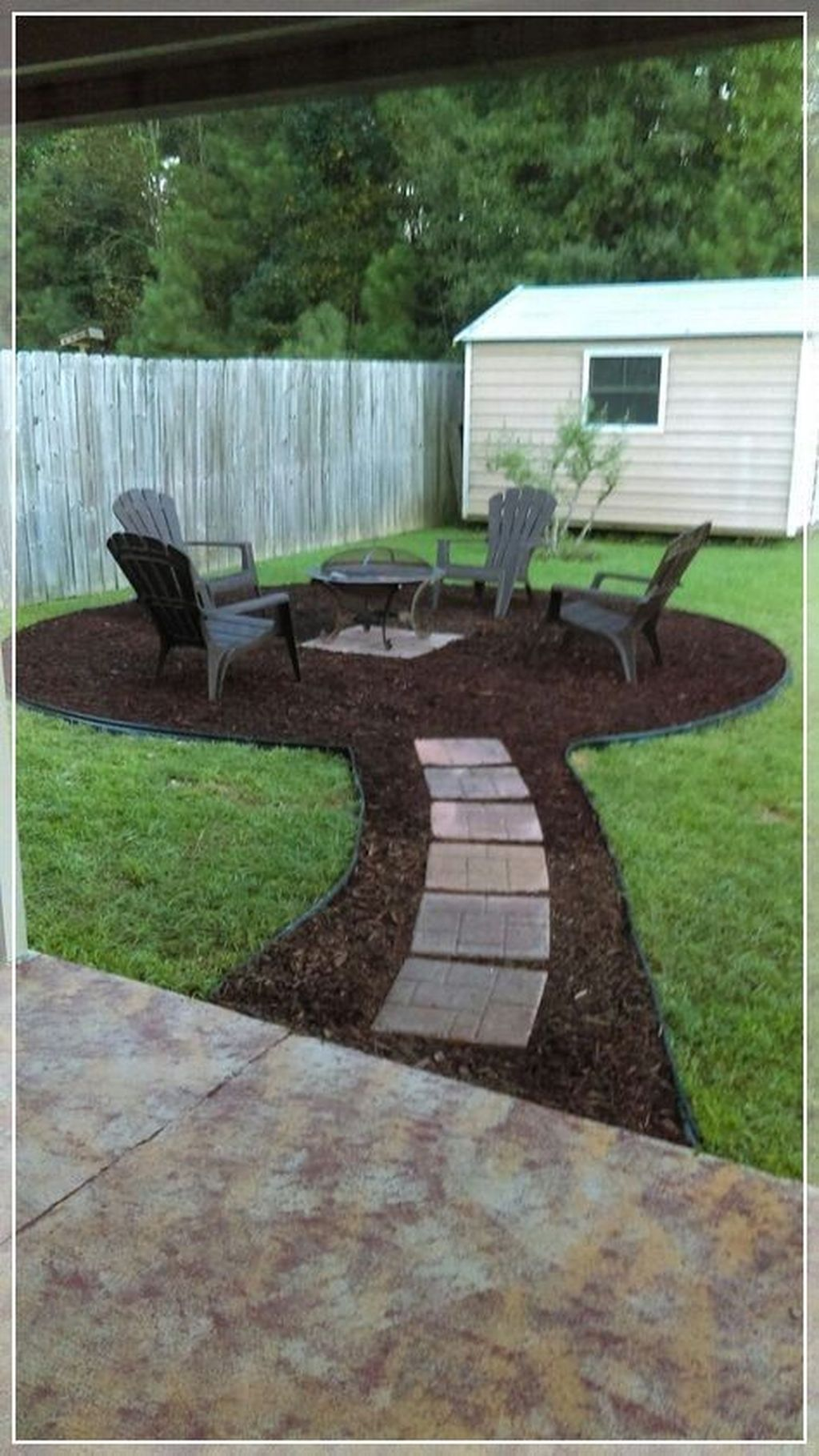 Stunning Summer Backyard Decoration Ideas 18