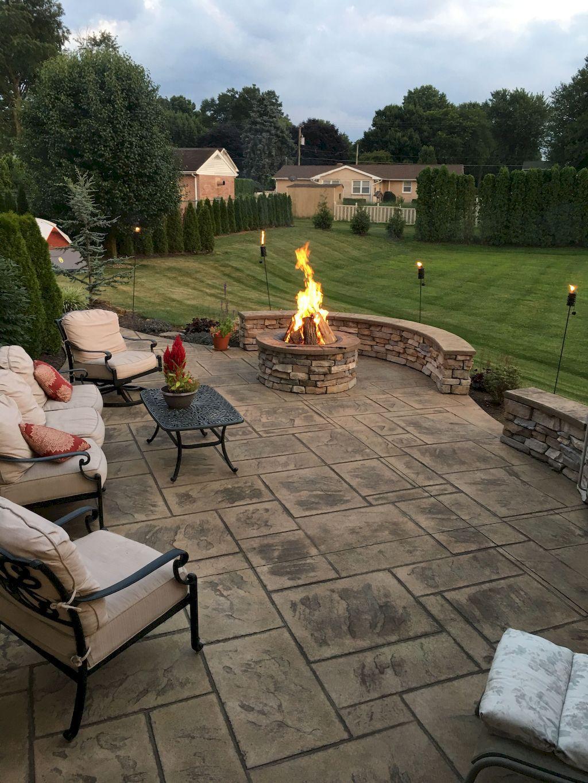 Stunning Summer Backyard Decoration Ideas 24