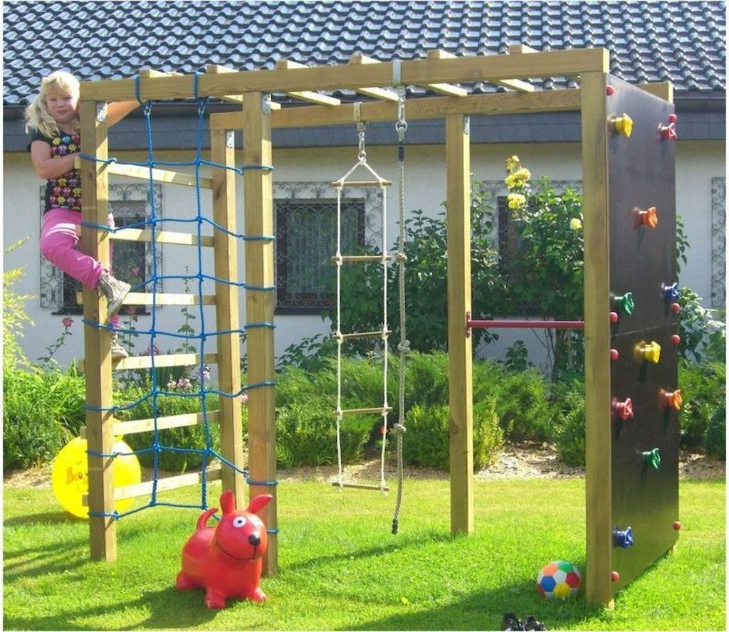 Stunning Summer Backyard Decoration Ideas 26