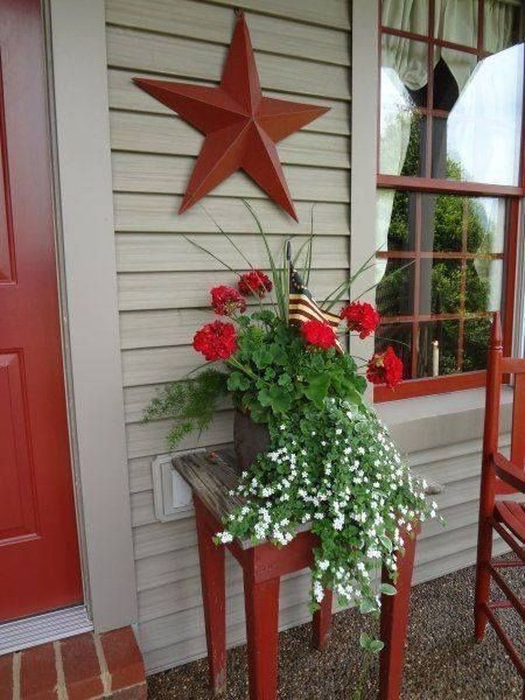 The Best Front Porch Ideas For Summer Decorating 02