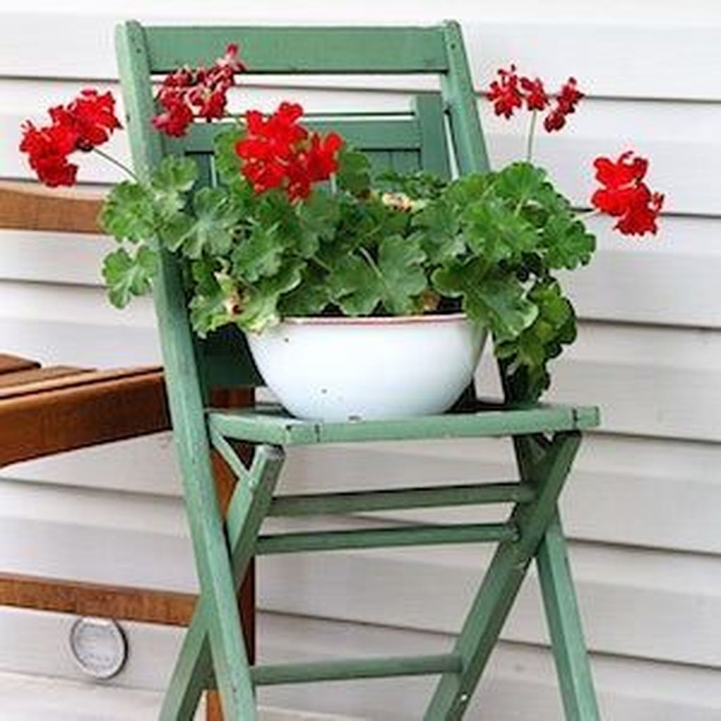 The Best Front Porch Ideas For Summer Decorating 12