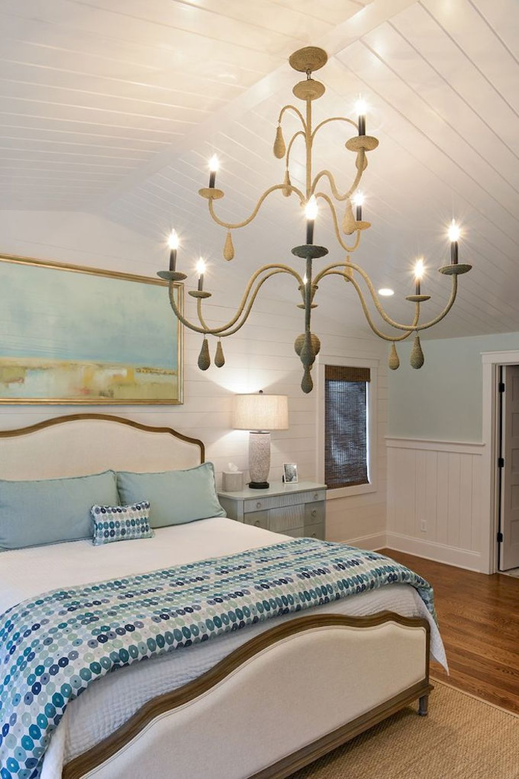Wonderful Modern Coastal Bedroom Decoration Ideas 15