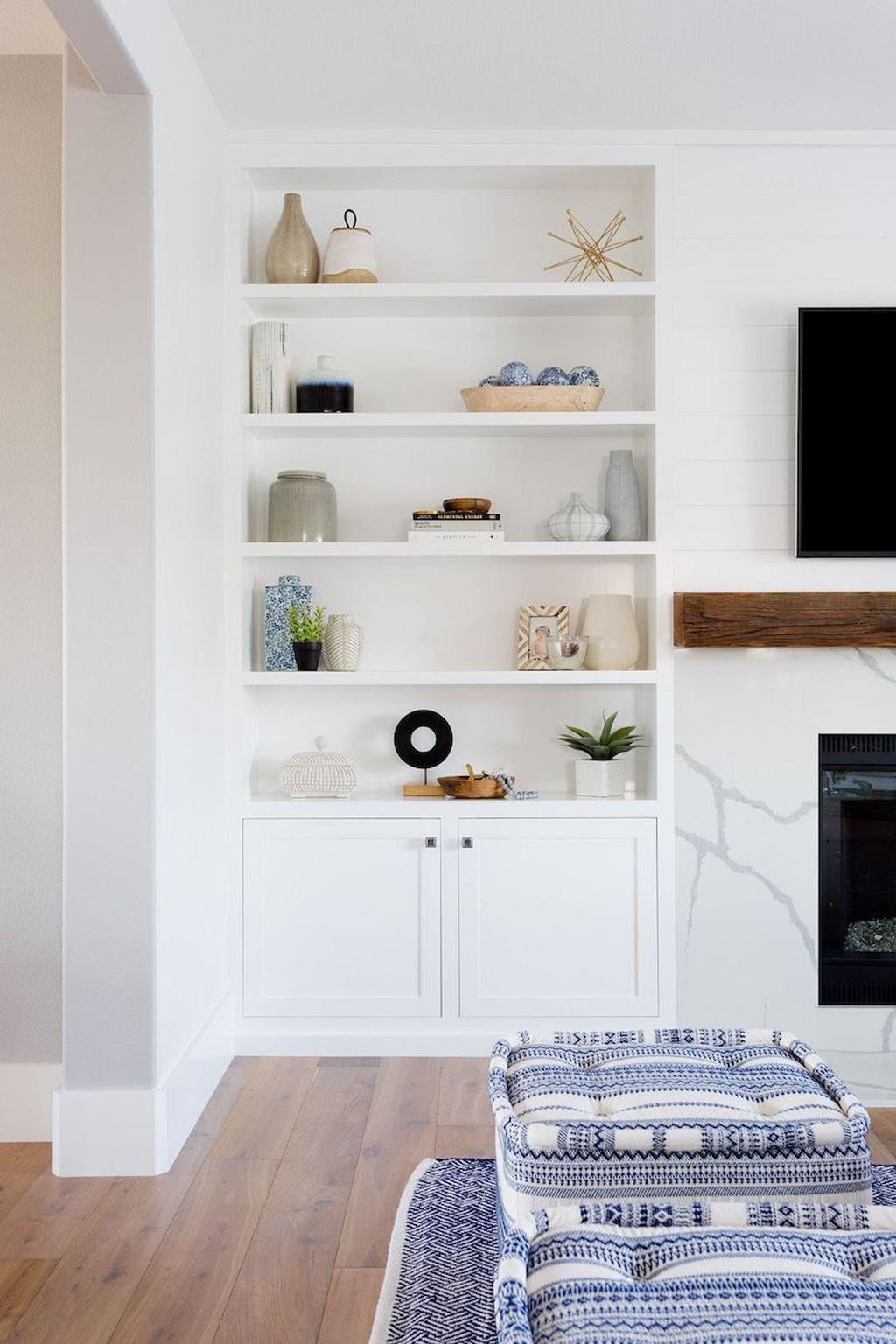 Wonderful Modern Coastal Bedroom Decoration Ideas 21