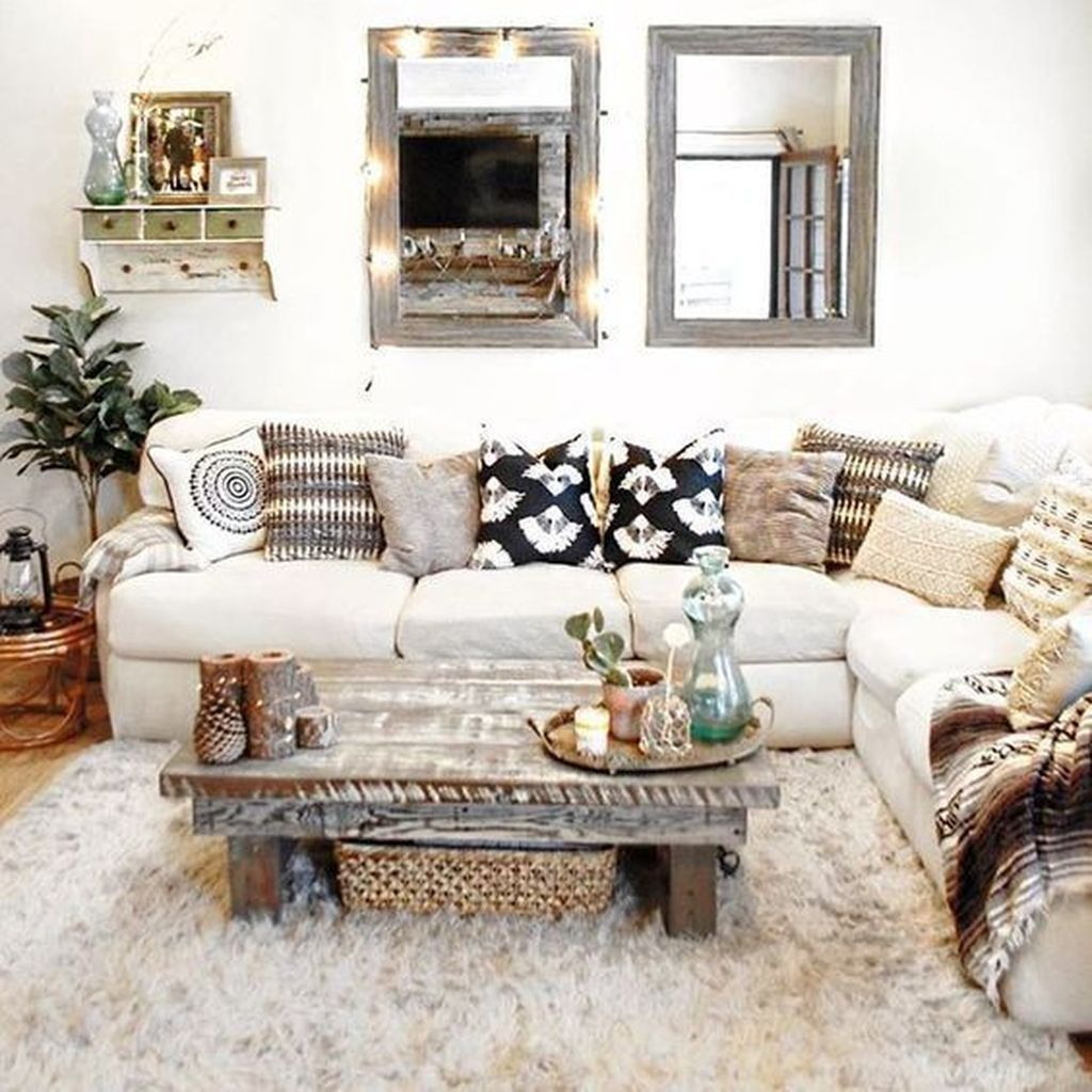 Amazing Bohemian Farmhouse Living Room Design Ideas 03