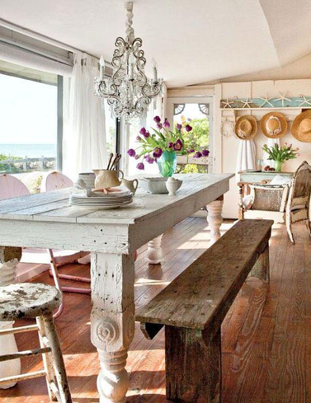 Amazing Bohemian Farmhouse Living Room Design Ideas 04