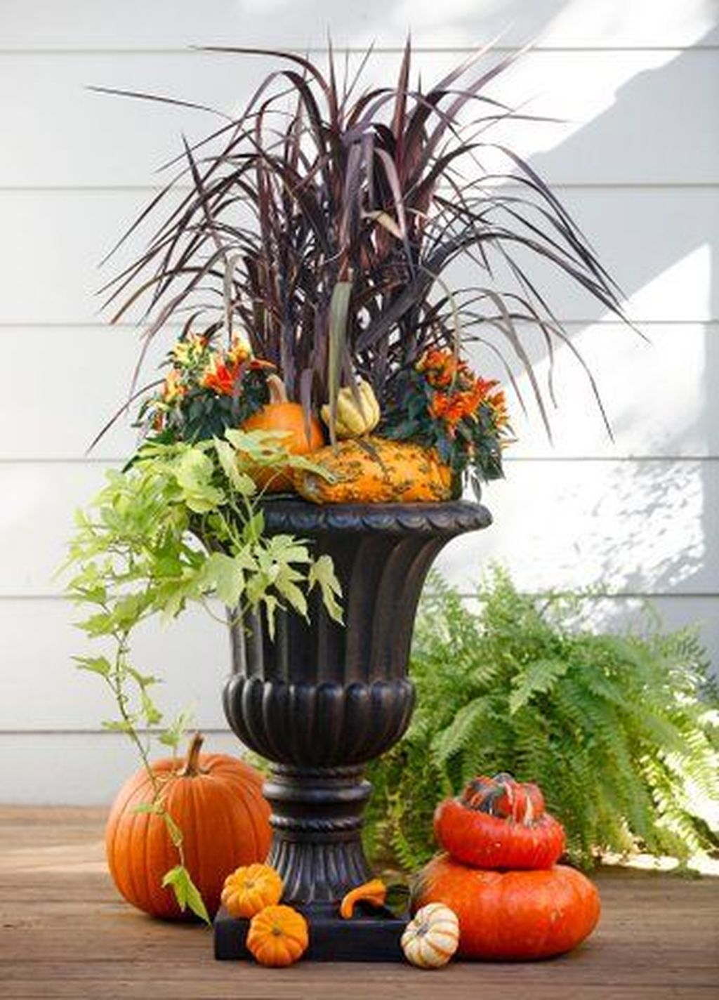 Amazing Fall Planter Ideas Best For Front Porches 22