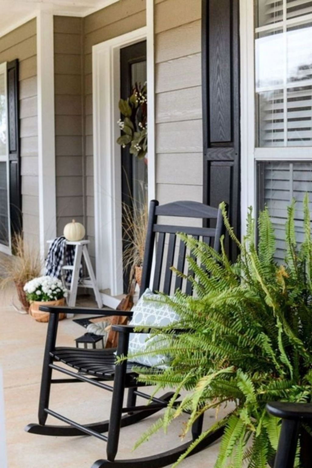 Amazing Fall Planter Ideas Best For Front Porches 26
