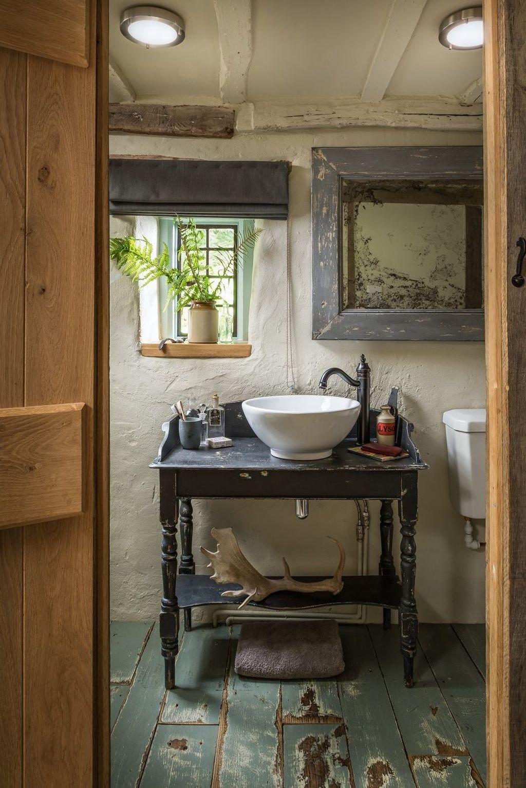 Amazing Rustic Barn Bathroom Decor Ideas 12