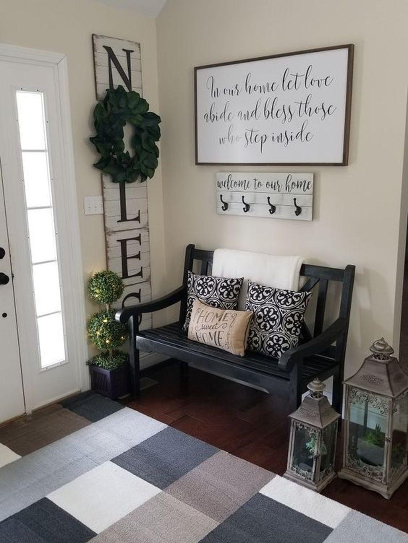 Amazing Small Entryway Decor Ideas 26