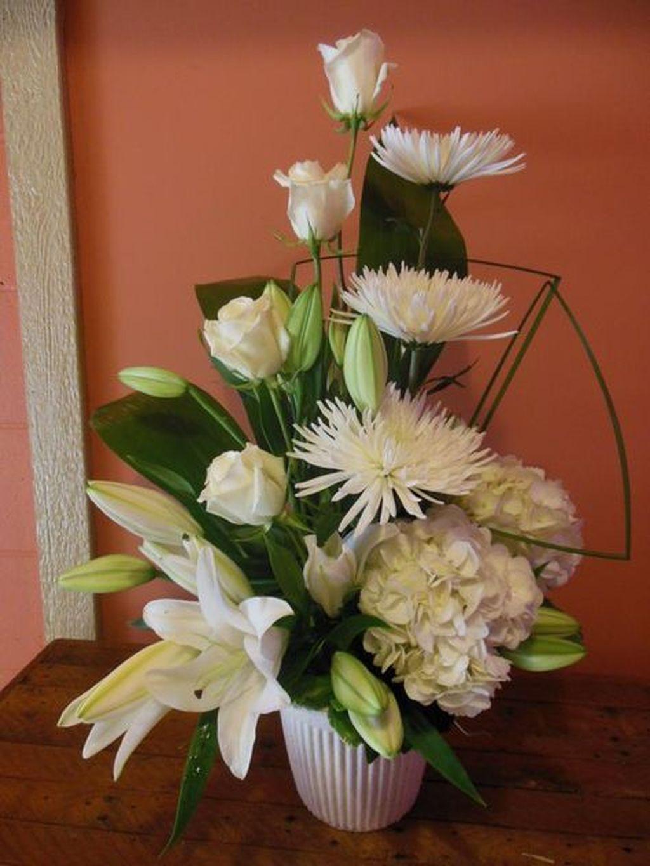 Amazing Unique Flower Arrangements Ideas For Your Home Decor 08