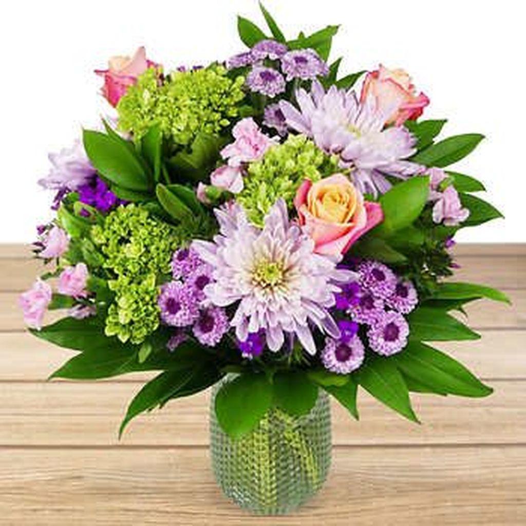 Amazing Unique Flower Arrangements Ideas For Your Home Decor 19