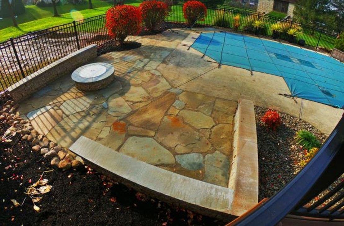Awesome Flagstone Patio Design Ideas 35