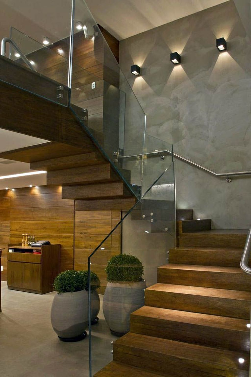 Awesome Modern Glass Railings Design Ideas For Stairs 10