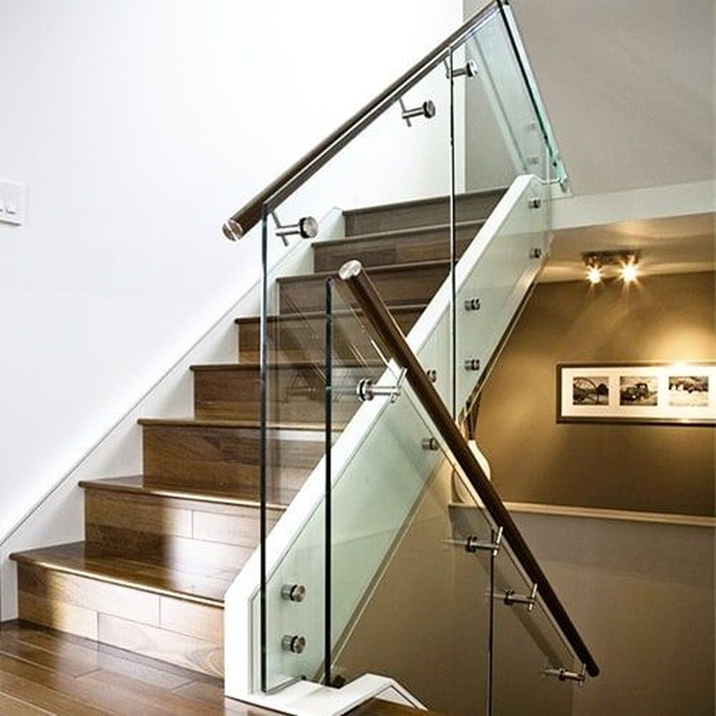 Awesome Modern Glass Railings Design Ideas For Stairs 13