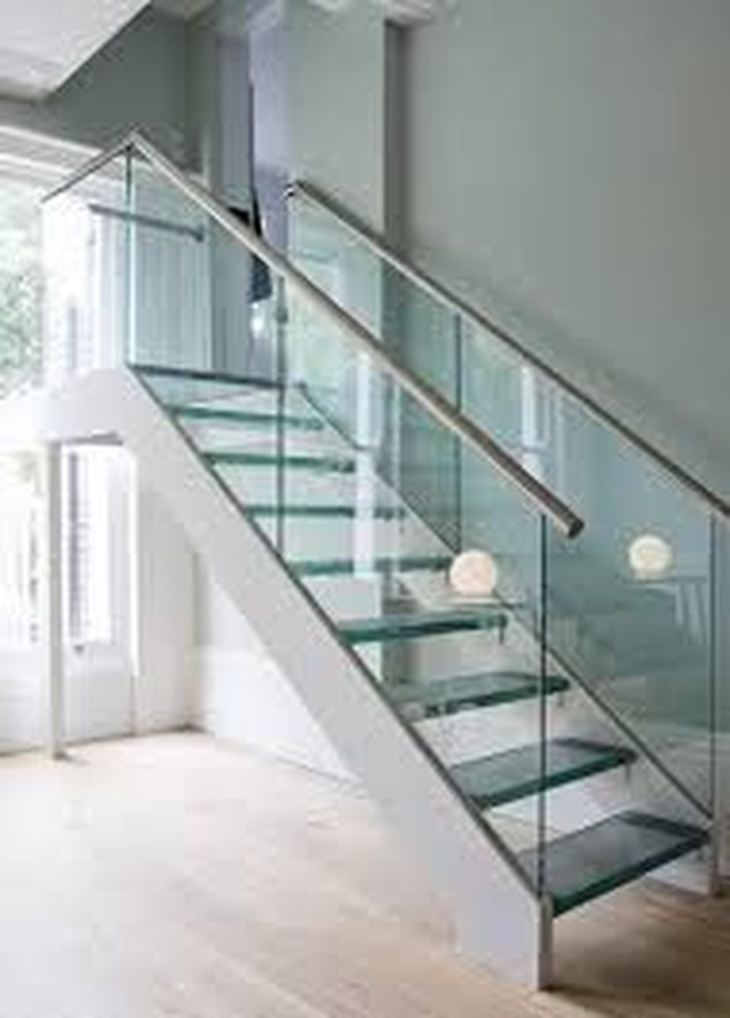 Awesome Modern Glass Railings Design Ideas For Stairs 20